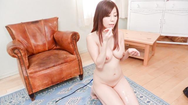 Asian girl gives blowjob on two stiff dick - JavHD