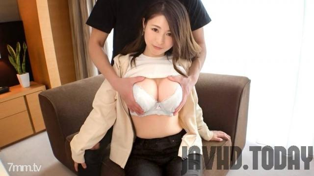 [SIRO-4173] [First shot] [Big cock fell married woman] [G milk sleeping] A fascinating body with just the right amount of meat. An unfaithful wife who falls into a sweet word disturbs G milk .. application amateur, first AV shooting 148